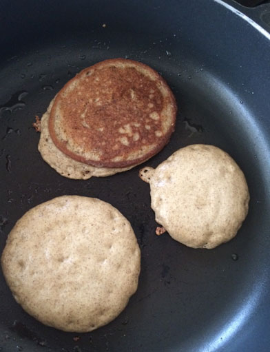 Low-Carb-Pancakes-Batterabc
